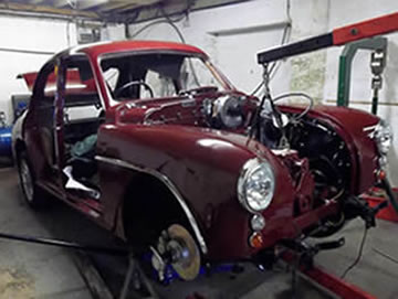 MG Magnette engine going in